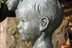 Schramberg, Drosten, Portraitbüste in Bronze für Brunnen